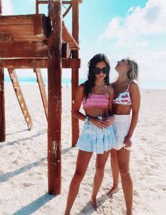 how to style outfits Cute Friend Pictures, Best Friend Pictures, Cute Photos, Beach Photos, Friend Pics, Bff Goals, Best Friend Goals, Summer Outfits, Cute Outfits