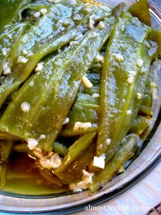 Authentic Almost Turkish Recipes: Green Peppers in Vinegar and Garlic Sauce (Sirkeli Biber. Bulgarian Recipes, Turkish Recipes, Armenian Recipes, Green Pepper Recipes, Vegan Recipes, Cooking Recipes, Vegan Food, Eastern Cuisine, Middle Eastern Recipes