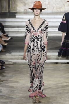 Sooo many stupid hats, but the dresses are gorgeous. Temperley London Spring 2016 Ready-to-Wear Fashion Show