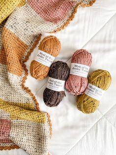 Baby Afghan Patterns, Tunisian Crochet Patterns, Crotchet Patterns, Knitting Patterns, Knitting Yarn Diy, Yarn Projects, Knitting Projects, Crochet Projects, Baby Blanket Crochet