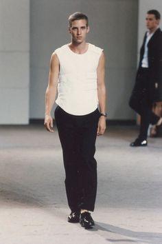 3c29a11a4d74 Helmut Lang Spring 1998 Menswear Fashion Show