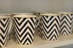 chevron coffee mugs. YES