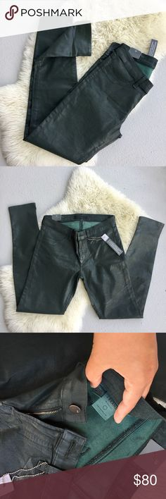 "NWT J Brand Super Skinny Low Rise Jeggings Brand New! Never Worn! Gorgeous J Brand Forest Green Jeggings. 29"" Inseam, 28"" Waist, 8"" Rise • Wash: Coated Denim • 64% Cotton, 32% Polyester, 4% Lycra • Retails $220 • Great For Fall With Boots! J Brand Jeans Skinny"