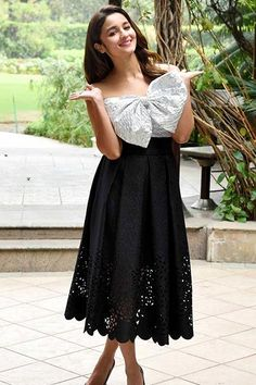 fashionable, fashionable outfits, fashionable maternity vlothes, fashionable work clothes, fashionable baby girl clothes, alia bhatt, alia bhatt fashion , alia bhatt lehanga, alia bhatt and varun dhawan, alia bhatt outfits