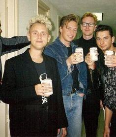 Depeche Mode como niños malos.