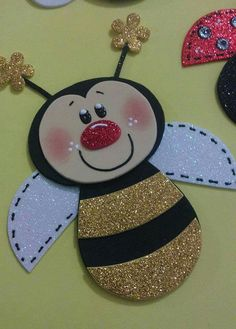 Abeja Kids Crafts, Bee Crafts, Foam Crafts, Diy Craft Projects, Preschool Crafts, Easter Crafts, Handmade Crafts, Diy And Crafts, Arts And Crafts