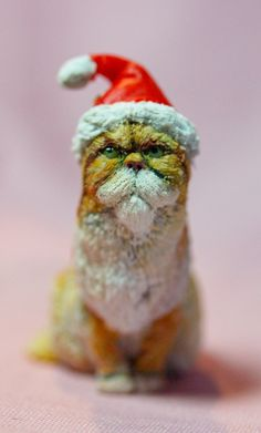 dolls house ginger persian in santa hat sculpt by MissSallyWorld