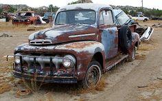 Junkyard desert delight: 1951 Ford more classic pickup trucks Vintage Pickup Trucks, Classic Pickup Trucks, Antique Trucks, Vintage Cars, Antique Cars, Vintage Ideas, Vintage Designs, Farm Trucks, Cool Trucks