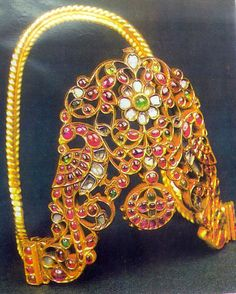 Antique 22 K solid gold diamond rubies upper arm by TRIBALEXPORT, $9950.00