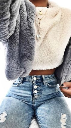 Image shared by ○ к ι я ѕ т є η ○. Find images and videos about girl, fashion and outfit on We Heart It - the app to get lost in what you love.