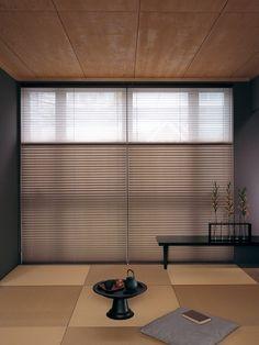 オーダーカーテンのおしゃれな専門店のカーテンココ | 和室 和室05 和室06 ... Washitsu, Zen Interiors, Japanese House, Japanese Style, Japanese Interior, Roller Blinds, Window Treatments, Living Spaces, New Homes