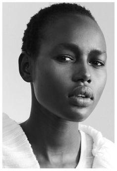 Photo by Shpantzer Backstage model Ajak Deng NY Fashion Week Stunning! Black Girls Rock, Black Girl Magic, American Women, Beautiful Black Women, Beautiful People, Skin Girl, 3 4 Face, Female Models, Women Models