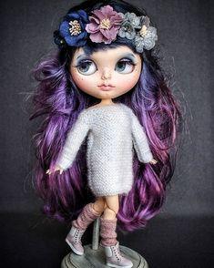 Blythe panenka na zakázku blythe ooak blythe panenku Moon Ooak Dolls, Blythe Dolls, Girl Dolls, Doll Tattoo, All Things Purple, Pretty Dolls, White Glitter, Custom Dolls, Big Eyes