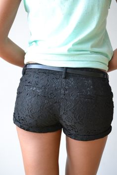 Sweet Lace Shorts $35 #piaceboutique. love these but a little on the short side