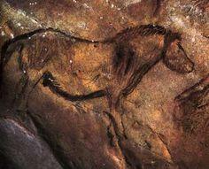 Niaux - Grotte de Niaux Cave Art and History Stone Age Cave Paintings, Wall Paintings, Art Pariétal, Lascaux, Red Pigment, Aboriginal Art, Ancient Artifacts, Rock Art, Archaeology