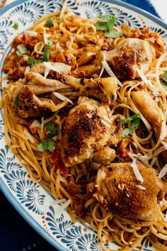 This recipe for Pasta con Pollo is a perfect meal to serve during the month of observance; this melting pot of Mexican and Mediterranean flavors is a perfect representation of the many cultural influences of the United States! I based this Mexican chicken pasta recipe on the concept of arroz con pollo, turning to many of the same flavors like bell peppers, chipotle, and smoked paprika. Yummy Pasta Recipes, Chicken Pasta Recipes, Delicious Dinner Recipes, Mexican Food Recipes, Ethnic Recipes, Chipotle Chicken Pasta, Pollo Chicken, Braised Chicken, Mexican Chicken