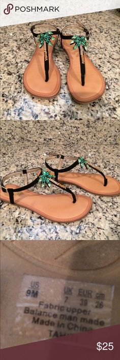 Beautiful palm tree sandals flip flops Worn once like new condition. No trades Shoes