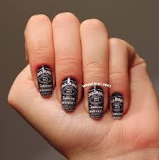 Get your next manicure in one of these super fun country style nail designs. Festa Jack Daniels, Jack Daniels Decor, Bandana Nails, Plaid Nails, John Deere Nails, Mani Pedi, Manicure, Camouflage Nails, Country Nails