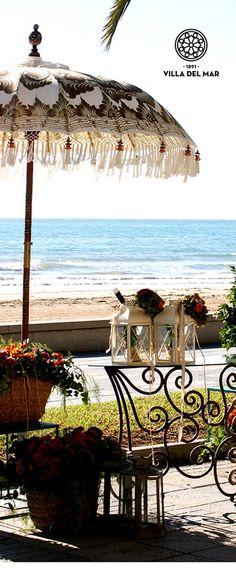 Beach wedding at Villa del Mar