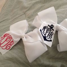 monogrammed bows! @Ashley Walters Walters Lamb - you would so get these for Ariel