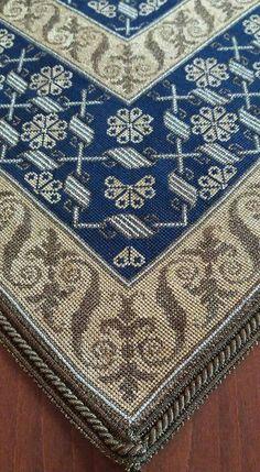 Embroidery Sampler, Embroidery Patterns, Crochet Patterns, Cross Stitch Designs, Cross Stitch Patterns, Blackwork, Filet Crochet, Needlepoint, Bohemian Rug
