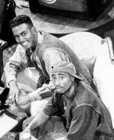 Tupac Shakur, 2pac, Tupac Makaveli, Coloured People, Aaliyah Haughton, Gorgeous Black Men, 90s Hip Hop, Black Boys, Thug Life