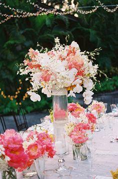DIY for U - by Ale: matrimonio deco mariage centre de table Mod Wedding, Wedding Table, Floral Wedding, Wedding Bouquets, Wedding Flowers, Dream Wedding, Trendy Wedding, Wedding Summer, Bride Flowers