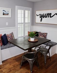 DIY Banquette Seating Home, Build A Table, Dining Table Makeover, Booth Seating In Kitchen, Dining Room Remodel, Dining Room Small, Apartment Decor, Dining Table, Galley Style Kitchen