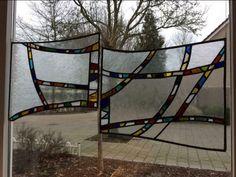 ≥ Glas in lood panelen - Bbq Hut, Glass Animals, Logs, Outdoor Furniture, Outdoor Decor, Hammock, Ramen, Stained Glass, Tiffany