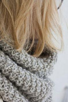 Elämäni sanoina: Helppo tuubihuivi Needlework, Knitting, Crochet, Fashion, Embroidery, Moda, Dressmaking, Couture, Tricot