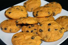 Not so ordi-NANNY me!: Soft Chocolate Chip Cookies 34 cals each