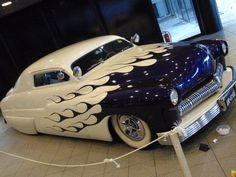 White '50s car with purple flames. 100% Tuning 2008.