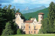 CASTELLO DI MIRADOLO - a San Secondo Pinerolo - Piemonte, Italia. 44°52′00″N 7°18′00″E