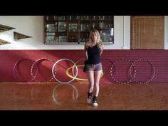 ▶ Hula Hoop Tutorial: TRANSITION & ROUTINE IDEAS : Beginner / Intermediate Hooping Tricks - YouTube