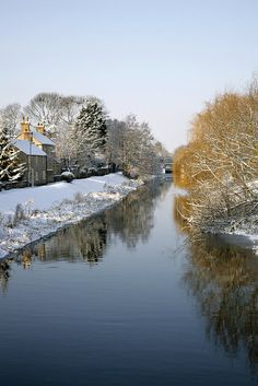 The village of Deeping St. James in snow, Lincolnshire, England Dorset England, Lincolnshire England, Corfe Castle, Famous Castles, Winter Beauty, English Countryside, British Isles, Winter Scenes, Great Britain