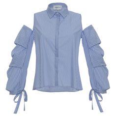 Preso «in prestito» dalla camiceria maschile, il classico motivo a righe bianche e blu (o azzurro) viene proposto, in versione femminile, su romantiche bluse, gonne con ruches e sabot in raso. Ma non solo