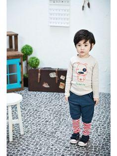 Super cute stripey socks.
