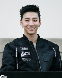 Happy Birthday you sexy Yongguk, you!?!!!