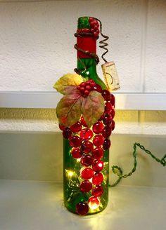 Red and Green Wine Bottle Light Night Light Bottle por booklooks