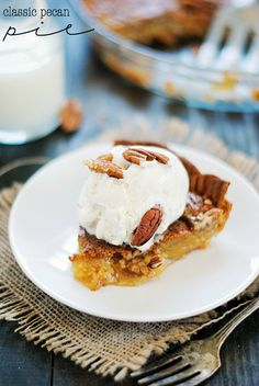 Pecan Pie | www.somethingswanky.com