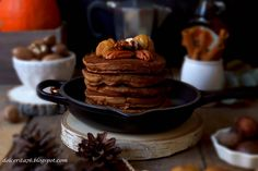 A treat for Thanksgiving: special pancakes made with pumpkins and chestnut flour! An absolutely wonderful combination!