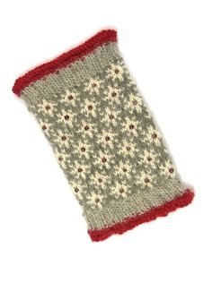 Dieser Artikel ist nicht verfügbar : STELLA Pulswärmer Stulpen Alpaca gestrickt handgestrickt fair isle perlen norwegermuster wintermode trend mode grau rot knitting to give you a better service we recommend you to browse the content on our site. Knitting Blogs, Easy Knitting, Knitting Patterns, Knitting Tutorials, Hat Patterns, Loom Knitting, Stitch Patterns, Knit Mittens, Mitten Gloves