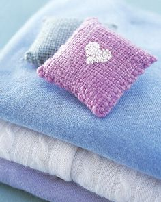 DIY gifts fragrance bags knitted