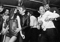 Miniskirts 60s 70s • Galleria immagini minigonne pictures girls minidress of years sixties seventies anni 60 70