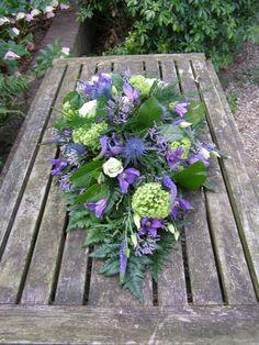 Funeral Floral Arrangements, Flower Arrangements, Sympathy Flowers, Short Bob Haircuts, Funeral Flowers, Love Flowers, Floral Wreath, Wreaths, Plants