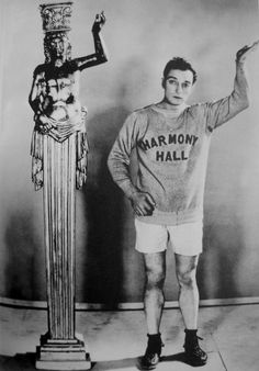 Buster Keaton. One of the greatest comedians of all times.