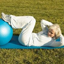 Rpiecovering from hip or knee replacement surgery? With Pilates exercises you can build up strength in your joints. At Fitness Republic, we tell you how.