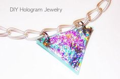 Jewelry : DIY Hologram Jewelry using an old CD