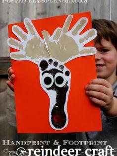 Handprint and Footprint Reindeer Craft - Rentier basteln Preschool Christmas, Christmas Activities, Christmas Crafts For Kids, Cute Crafts, Winter Christmas, Crafts To Do, Holiday Crafts, Holiday Fun, Christmas Holidays