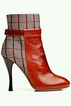 YES! Red Boots! And the Print!!!